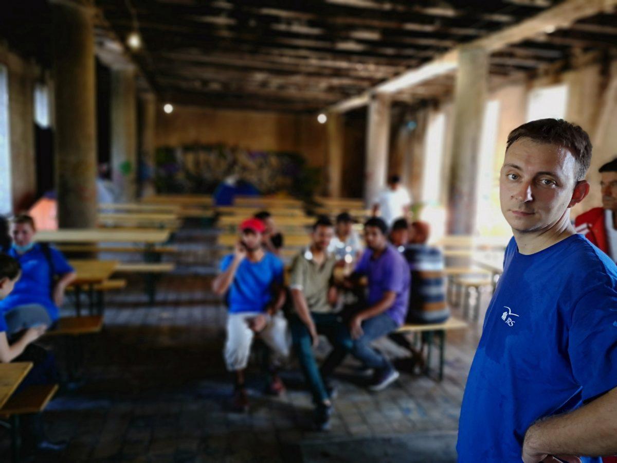 U izbjegličkom kampu: Izbjeglice na vratima Europe i veliko srce Hrvatske